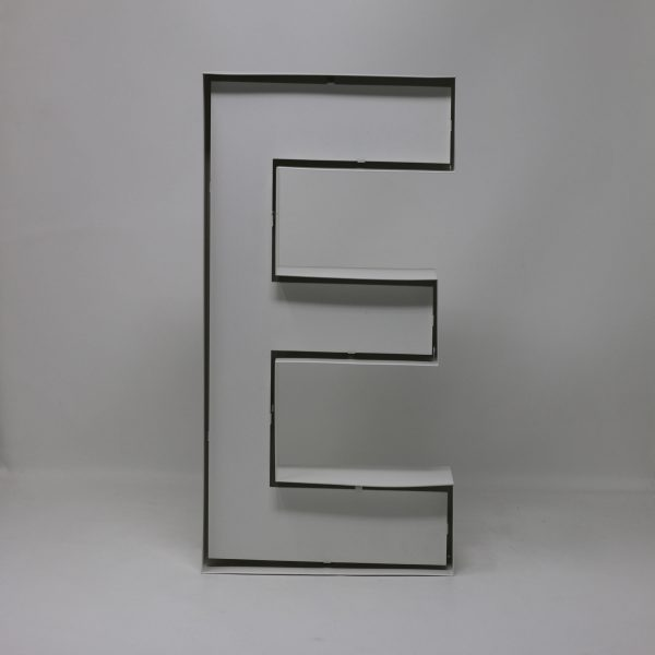 Quizzy Neon Style letter E