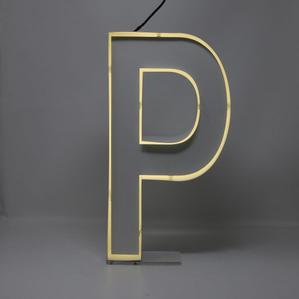 Quizzy Neon Style letter P