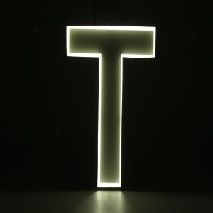 Quizzy Neon Style letter T